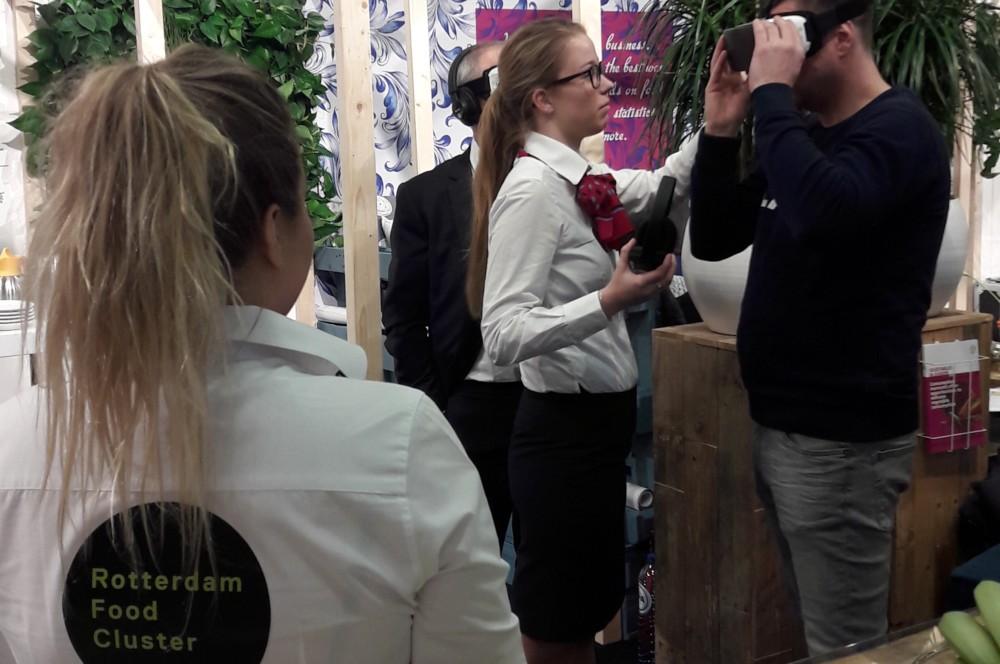 Rotterdamse studenten onderzoeken innovatiekracht foodsector op Fruit Logistica