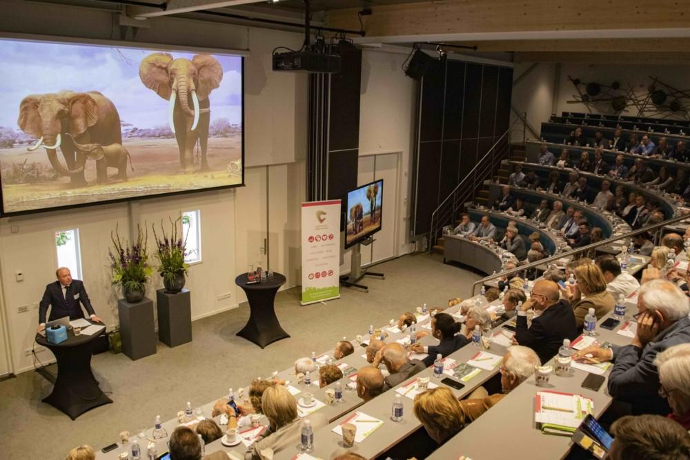 Prins Carlos de Bourbon de Parme: 'Niet-duurzaam ondernemen levert een risico op'