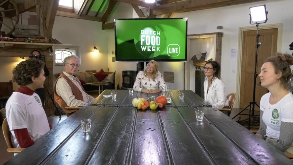 Voorzitter Dirk Duijzer geeft startsein voor Dutch Food Week